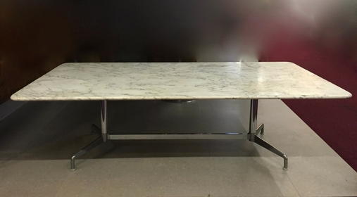 Exceptionnel Big Size For This Vintage Carrare Marble Table By Herman Miller. Long: 250cm